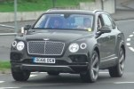 Плагин-гибридный Bentley Bentayga тестируют на Нюрбургринге - фото 3