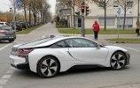 BMW вывела на тесты новую модификацию i8 - фото 2