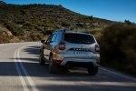 Новый Dacia Duster: производитель показал фото и назвал сроки поступления в продажу - фото 146