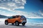 Новый Dacia Duster: производитель показал фото и назвал сроки поступления в продажу - фото 216