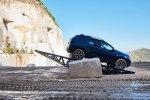 Новый Dacia Duster: производитель показал фото и назвал сроки поступления в продажу - фото 84