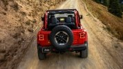 Новый Jeep Wrangler: алюминиевый кузов и крыша с электроприводом - фото 68