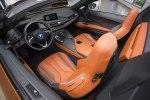 BMW официально представила открытую модификацию гибридного споткара i8 - фото 19
