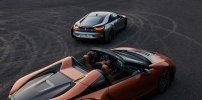 BMW официально представила открытую модификацию гибридного споткара i8 - фото 92