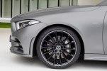 Новая линейка шестицилиндровых двигателей и переработанный интерьер: Mercedes-Benz официально представил новый CLS - фото 20