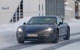 Porsche испытала свой первый электрокар в зимних условиях - фото 9
