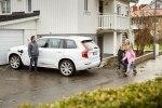 Volvo предоставит шведским семьям сотню беспилотных автомобилей - фото 21