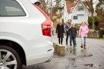 Volvo предоставит шведским семьям сотню беспилотных автомобилей - фото 23
