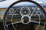 Ретро-микроавтобус Mercedes-Benz O 319 продают за $200 000 - фото 2