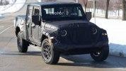 Новый пикап Jeep Scrambler выехал на тесты - фото 8