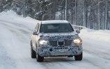 Mercedes вывел на зимние тесты новый GLS - фото 2