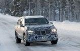 Mercedes вывел на зимние тесты новый GLS - фото 3