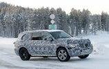 Mercedes вывел на зимние тесты новый GLS - фото 6