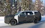 Hyundai вывел на тесты совершенно новый большой внедорожник - фото 9