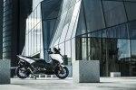 Максискутер Yamaha T-Max в спортивном обличье - фото 2