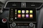 Новый гибрид: Honda представила серийный седан Insight - фото 3