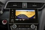 Новый гибрид: Honda представила серийный седан Insight - фото 4