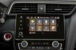 Новый гибрид: Honda представила серийный седан Insight - фото 5