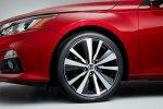 Японская «четырехдверка»: в Нью-Йорке дебютировал новый Nissan Altima - фото 9