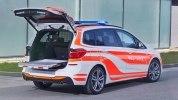 Компания BMW показала пожарный X3 и полицейский MINI - фото 4