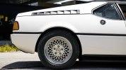 Редкий спорткар BMW M1 выставили на продажу за 900 тысяч долларов - фото 4