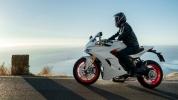 Мотоцикл Ducati покрасили в серый цвет вместо красного - фото 2