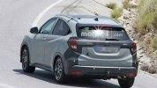 Обновленную Honda HR-V для Европы впервые заметили на тестах - фото 3