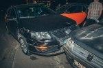В Киеве у ТРЦ Dream Town пьяный водитель Honda на «евробляхах» разбил 7 машин - фото 4