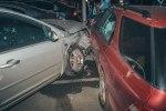 В Киеве у ТРЦ Dream Town пьяный водитель Honda на «евробляхах» разбил 7 машин - фото 5