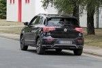 Новый кроссовер Volkswagen T-Cross сбросил камуфляж - фото 4