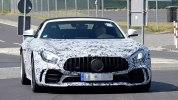 Шпионские фотографии «заряженного» Mercedes-AMG GT R Roadster - фото 2