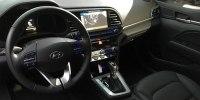 Hyundai представила обновленный седан Elantra - фото 4