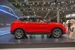 Geely привезла в Москву гибридный седан с начинкой Volvo - фото 5