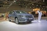 Geely привезла в Москву гибридный седан с начинкой Volvo - фото 8