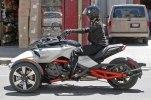 Шпионские фото трицикла Can-Am Spyder F3 EFI 2015 - фото 12