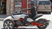Шпионские фото трицикла Can-Am Spyder F3 EFI 2015 - фото 18