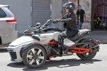 Шпионские фото трицикла Can-Am Spyder F3 EFI 2015 - фото 2