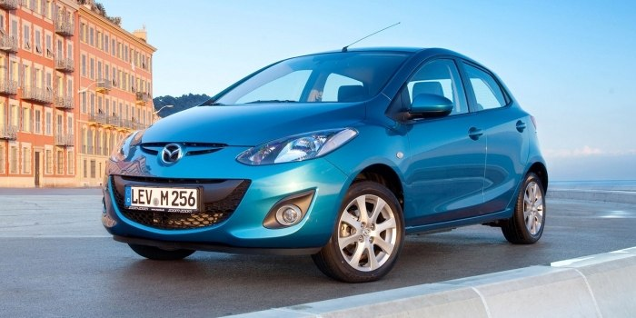 Mazda 2 5-ти дверная 2010