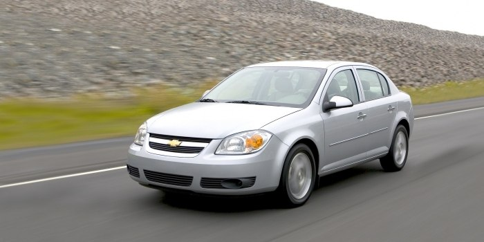 Chevrolet Cobalt Sedan 2004