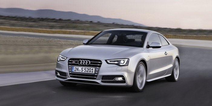 Audi S5 Coupe 2011