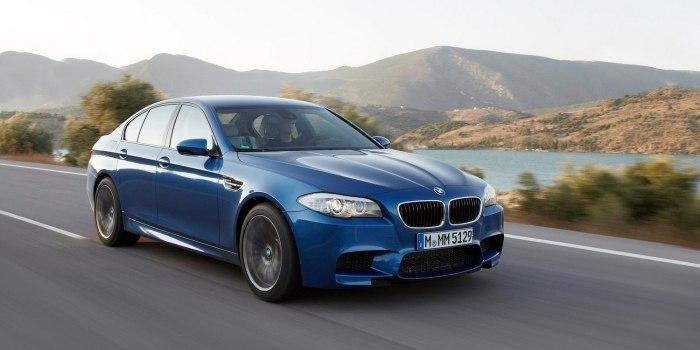 BMW M5 Sedan (F10) 2011