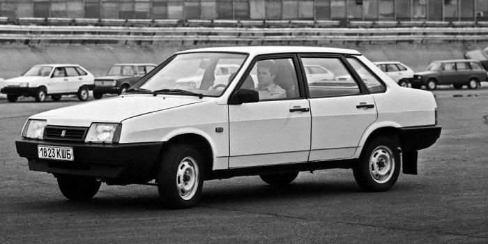 ВАЗ 21099 1990