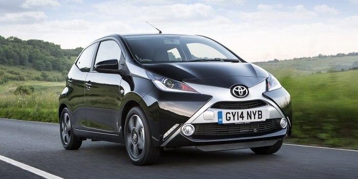 Toyota Aygo 5-ти дверный 2014