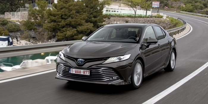 Обзор Toyota Camry Hybrid