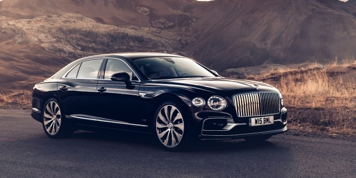 Обзор Bentley Flying Spur