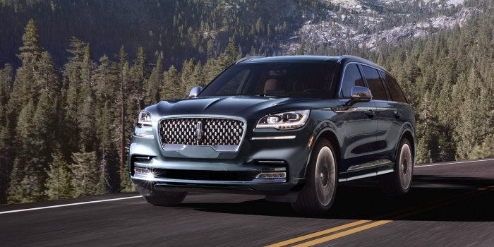 Обзор Lincoln Aviator