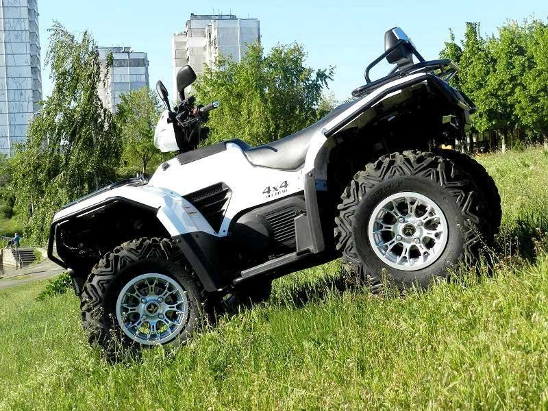 X on 2018 Yamaha Grizzly 400