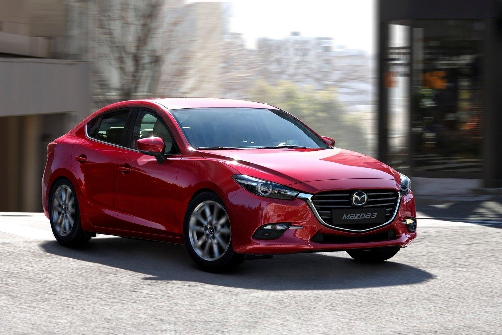 Mazda sedan 2016