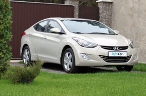 Hyundai Elantra. Дорожный серфер