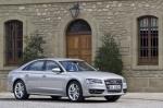 Тест-драйв Audi S8: Парадоксов друг